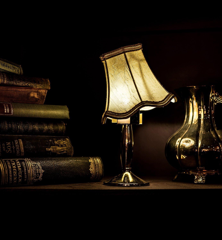 lampa till advokat i familjerätten